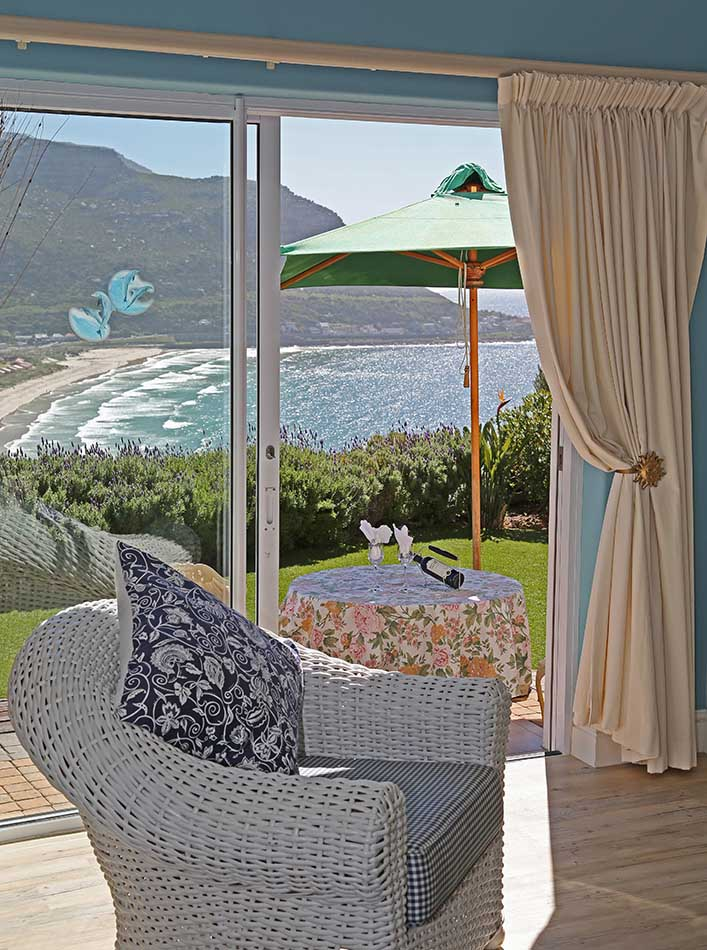 Lounge and Sea View